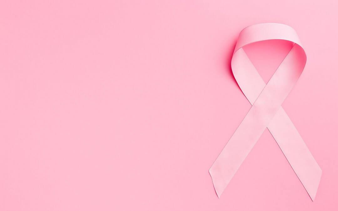 Outubro Rosa: saiba mais sobre autoexame e prevenção